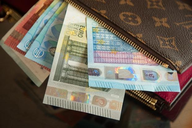 wallet-2302241_960_720